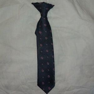 Boys clip tie